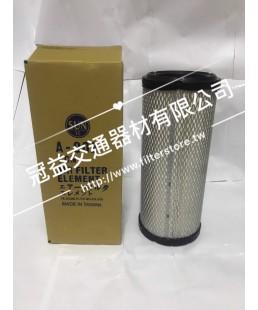 TCM 700 4JG2 堆高機 空氣芯 空氣濾清器 P82-2768